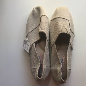 BOBS NWT Skechers Highlights Espadrille Wedge